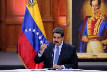 """Maduro pide a Fuerza Armada venezolana responder con """"fuerza"""" a presidente Duque"""