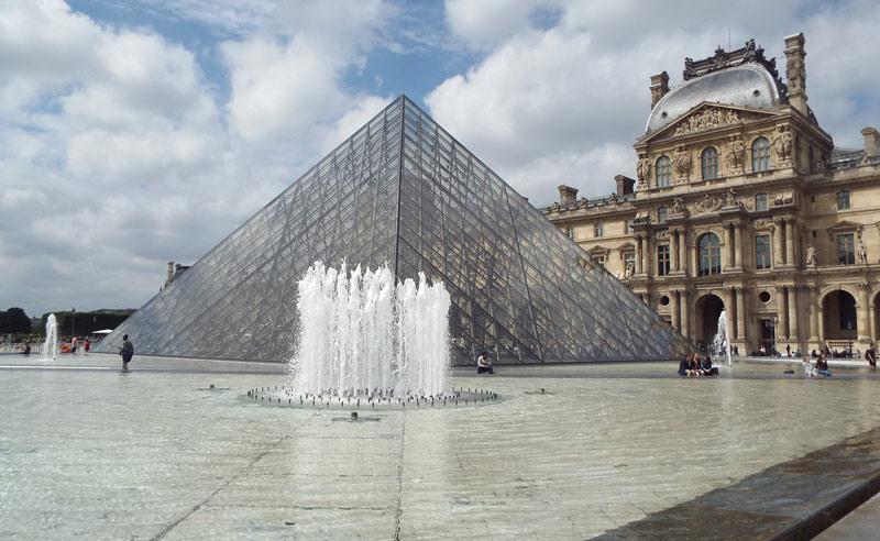 Museo del Louvre de Paris batió récord de visitantes durante el 2018