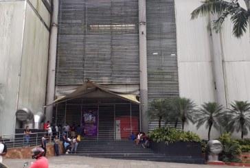Hurtan carro de valores en reconocido centro comercial de Buenaventura