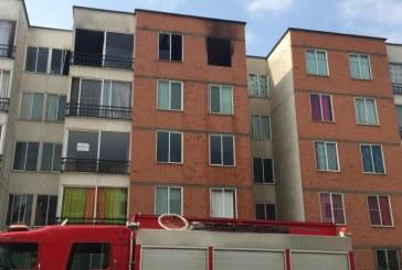Apartamento en Las Vegas de Comfandi, sur de Cali, fue consumido por las llamas