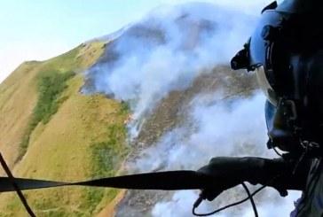Video: Por aire y tierra, así combaten incendio que ha consumido 120 hectáreas en Cali