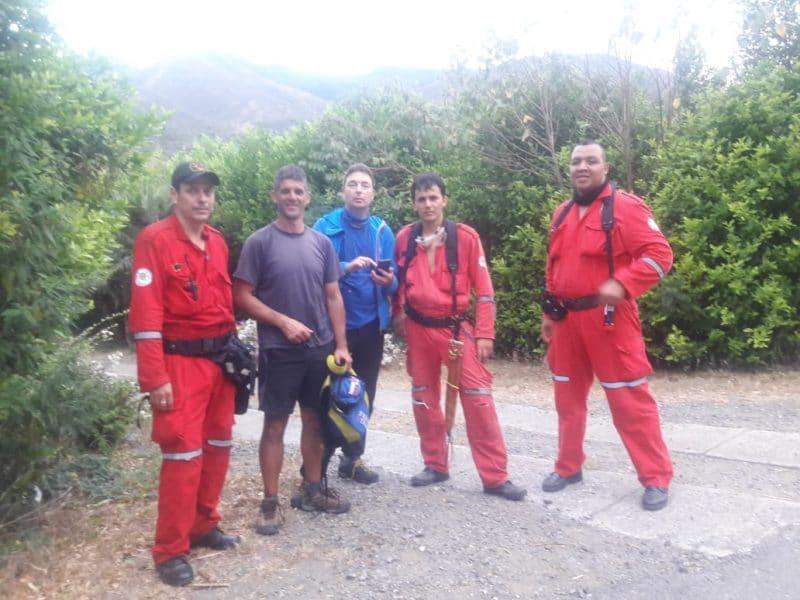 Parapentistas europeos fueron rescatados por el Cuerpo de Bomberos de Roldanillo