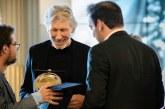 Roger Waters dice que Live Aid es un plan de EEUU para controlar Venezuela