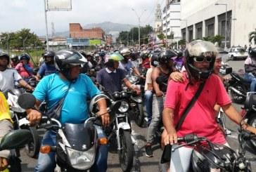 Caravana de motociclistas genera complicaciones en la movilidad del sur de Cali