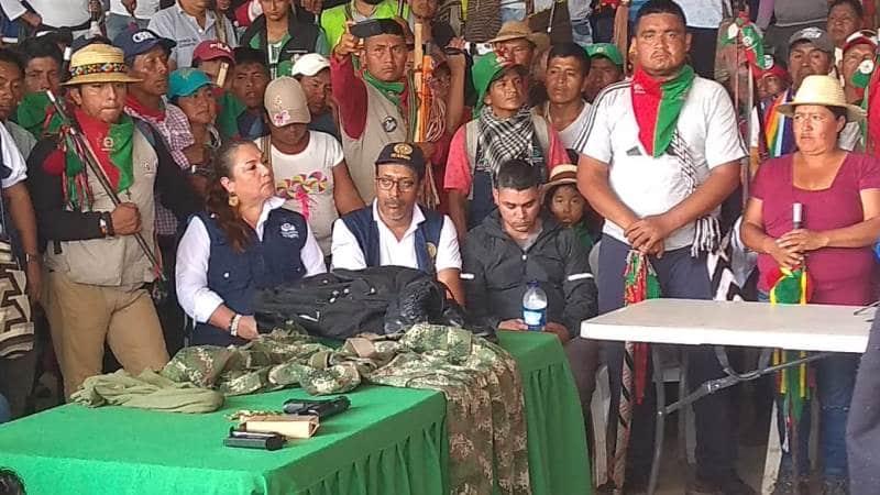 Gobierno dice que reclamos de indígenas que bloquean el Cauca son inalcanzables