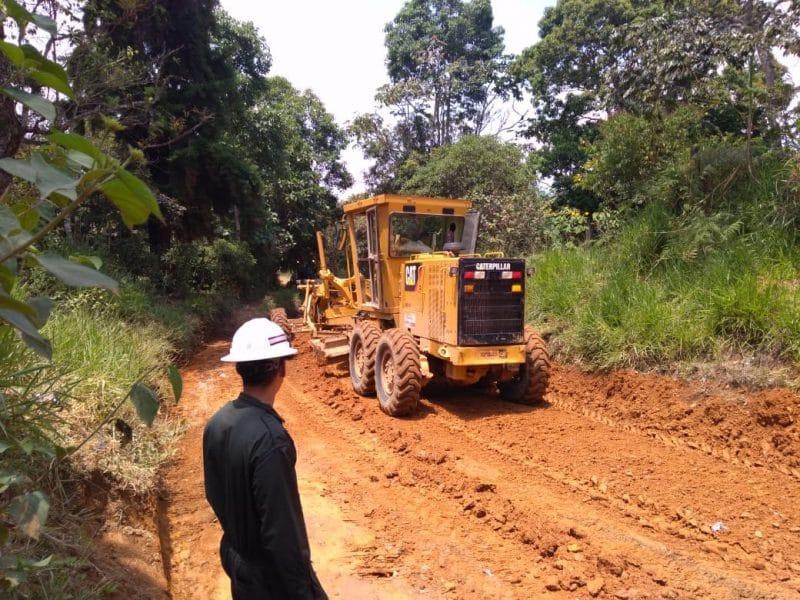 Ingenieros militares adelantan obras de mantenimiento en vía alterna Cali - Popayán