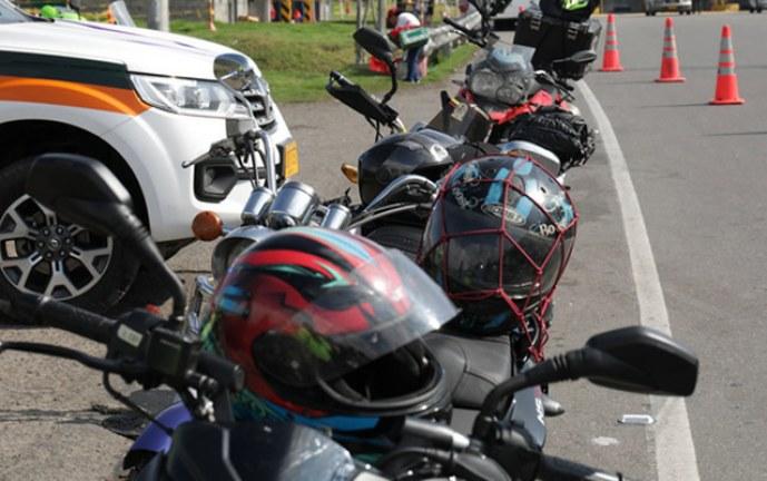 Ministerio de Transporte expidió nuevo reglamento técnico de cascos para motos
