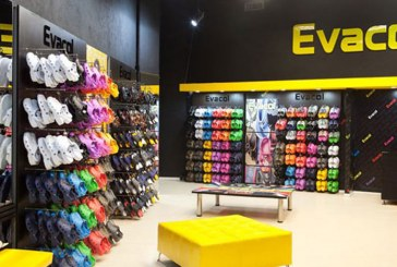 Ordenan a Evacol retirar del mercado nacional todo el calzado similar a los Crocs