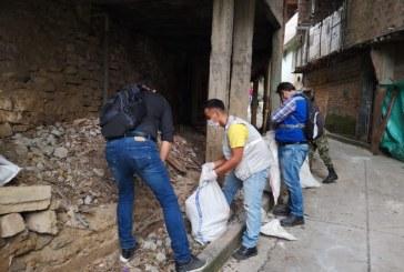 Antes del invierno, realizan jornada de limpieza en quebrada Isabel Pérez de Cali