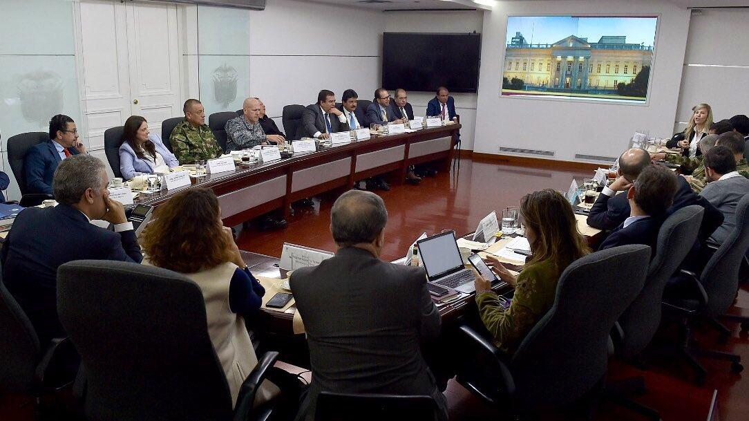 Avanza cumbre de gobernadores y Gobierno Nacional por bloqueos indígenas en Cauca