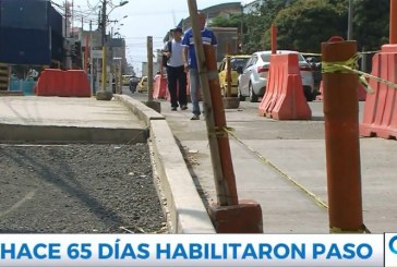 Pese a que puente de la 21 fue inaugurado, caleños se quejan por obras inconclusas