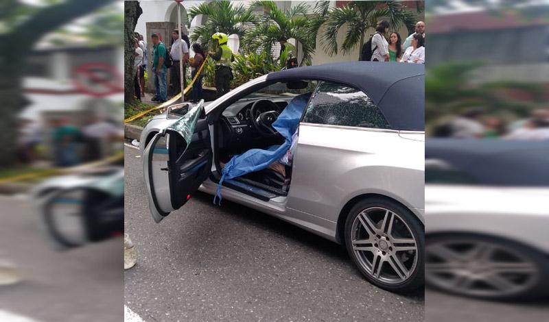 Sicarios asesinaron a hombre que se movilizaba en carro de gama alta en Cali