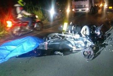 Trágico accidente deja dos motociclistas muertos en vía Palmira – Pradera