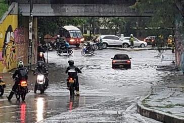 Por aumento de lluvias, autoridades recomiendan precaución en vías del Valle del Cauca