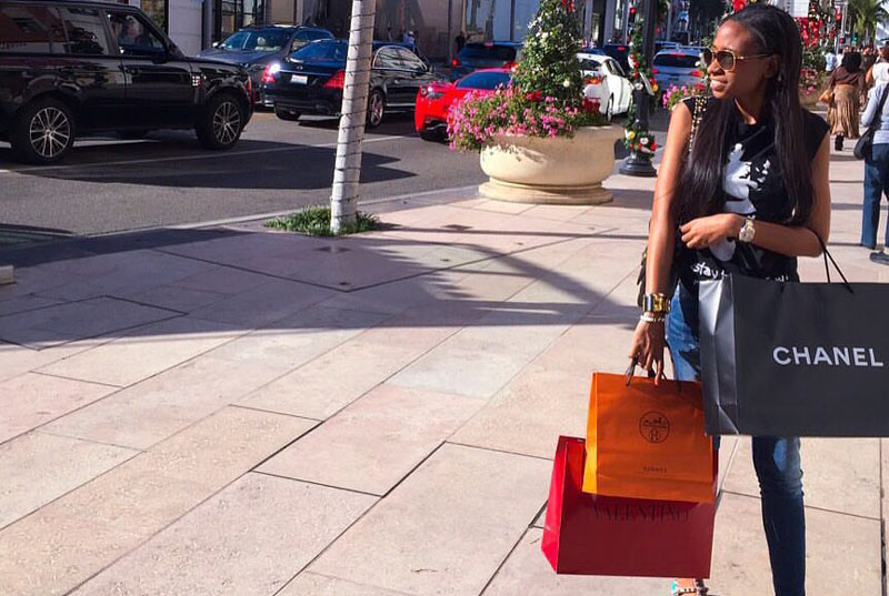 Según Juez, Jenny Ambuila justificó lujos gracias al trabajo como 'influenciadora'