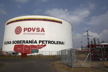 Producción petrolera venezolana cayó a 732.000 barriles diarios, la más baja en décadas