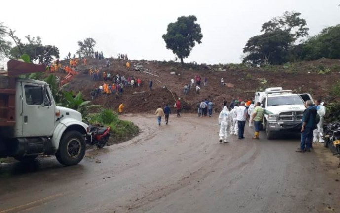 Última víctima de la catástrofe de Rosas, Cauca fue recuperado bajo los escombros