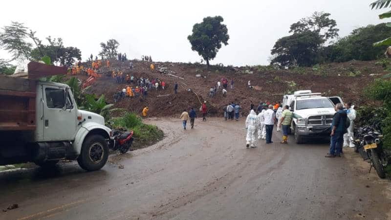 Terminal de Cali suspende viajes a Pasto e Ipiales por derrumbe en Rosas, Cauca