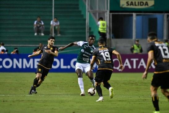 Victoria en medio del caos: Deportivo Cali derrotó a Guaraní en debut de la Sudamericana