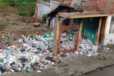 Predios demolidos en San Pascual y El Calvario se convirtieron en basurero urbano