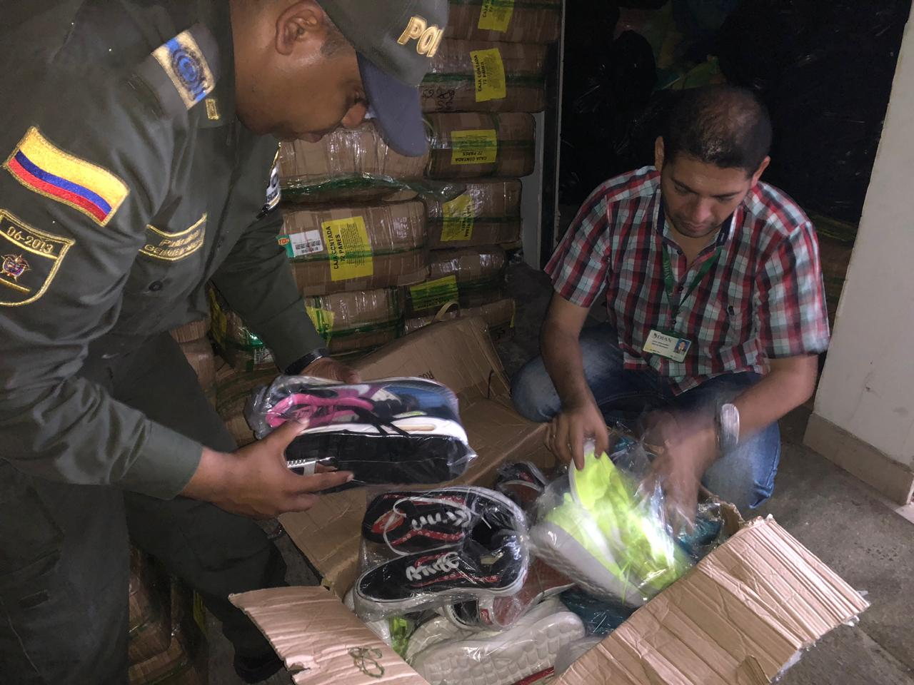 Hallan en bodega de Cali 12 mil pares de calzado de contrabando de origen chino