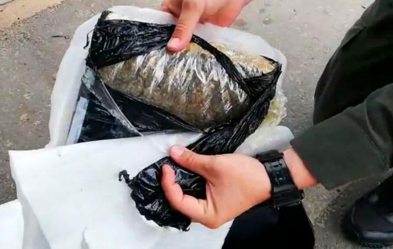 Autoridades incautaron marihuana oculta en dos maletas en vía Cali-Popayán