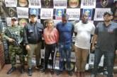 Cárcel a tres personas que fueron sorprendidas con armas y munición en Cali