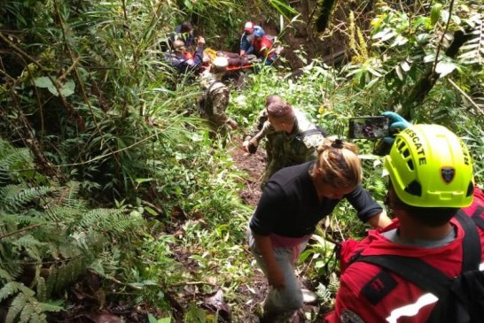 Autoridades en Valle investigan muerte de una pareja que cayó a abismo en Pradera