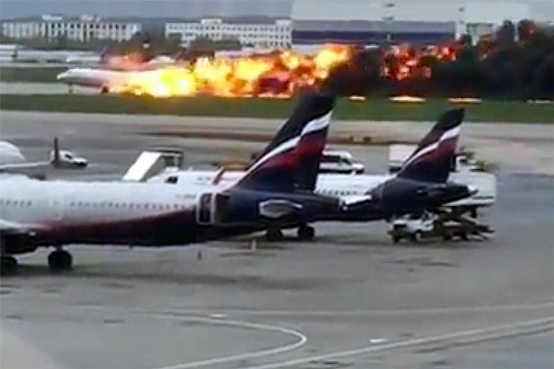 Tragedia desde adentro: pasajero grabó incendio de avión en Moscú que dejó 41 muertos