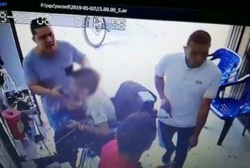En video: buscan a atracadores que asaltaron peluquería en el barrio Cristóbal Colón de Cali