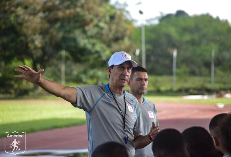 Primer empate de Guimaraes como técnico del América de Cali