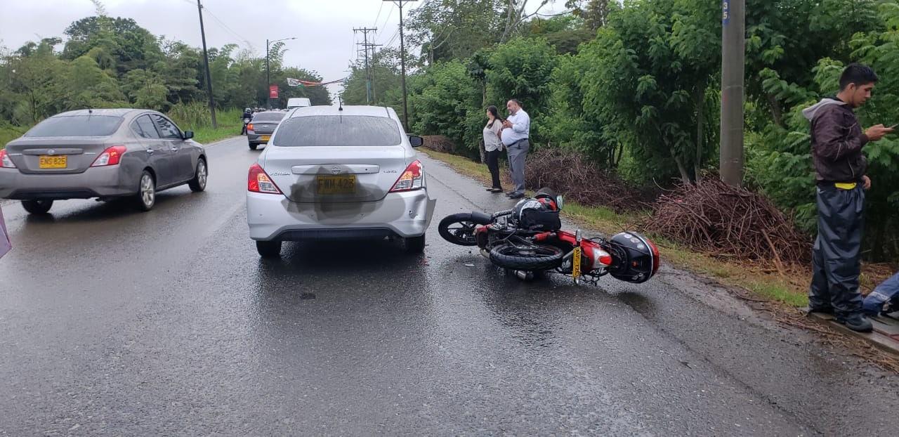Accidente múltiple entre siete vehículos colapsó movilidad en el sur de Cali