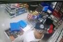 Comerciante del sur de Cali denunció constantes robos en su local, el último quedó en video
