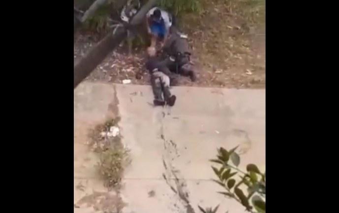 Heróico patrullero se lanzó a un caño para rescatar a un adulto mayor en Cali