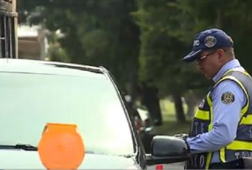Refuerzan operativos de control por vehículos mal estacionados en Cali
