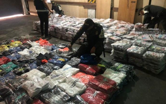 Autoridades aprehendieron más de 22 mil prendas de contrabando en Cali