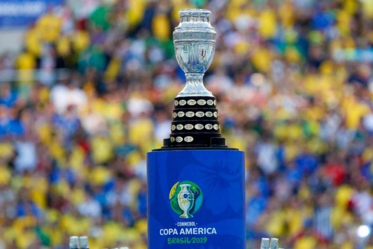 Presidente de Argentina está preocupado por posibles contagios en Copa América