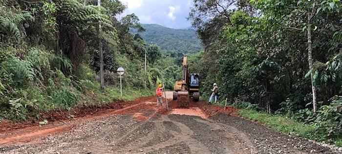 Sigue obra de pavimentación de la Vuelta a Occidente, proyecto estará listo en diciembre