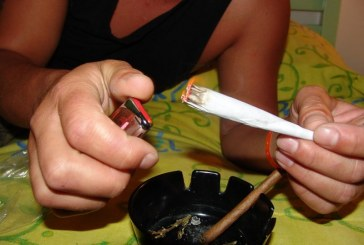 Aprueban proyecto que prohíbe consumo y porte de drogas en parques y espacios escolares