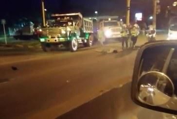 Aparatoso accidente en la vía Cali – Jamundí deja dos heridos graves