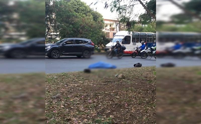 Un ciclista muerto dejó accidente de tránsito en la Simón Bolívar, a la altura de El Ingenio