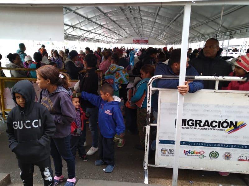 Declaran calamidad pública por migración masiva de venezolanos hacia Ecuador