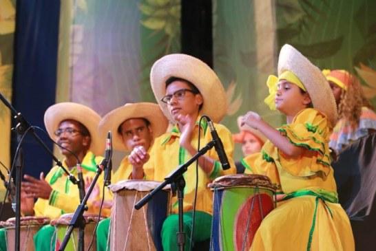 Festival de Música del pacifico contó con la presencia de los Petronitos