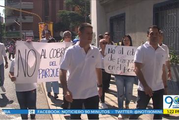 Nueva protesta de habitantes del barrio El Peñón de Cali por cobro de parqueo