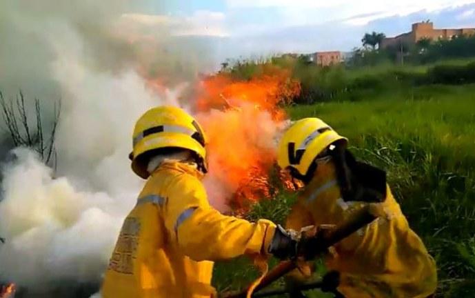Con tres nuevas cámaras infrarrojas, buscarán evitar incendios forestales en Cali