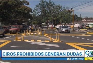 Caleños siguen sin intender prohibición de giros a la izquierda en calles 13 y 16 con 100
