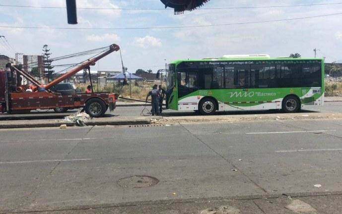 Bus eléctrico del Mío no se varó
