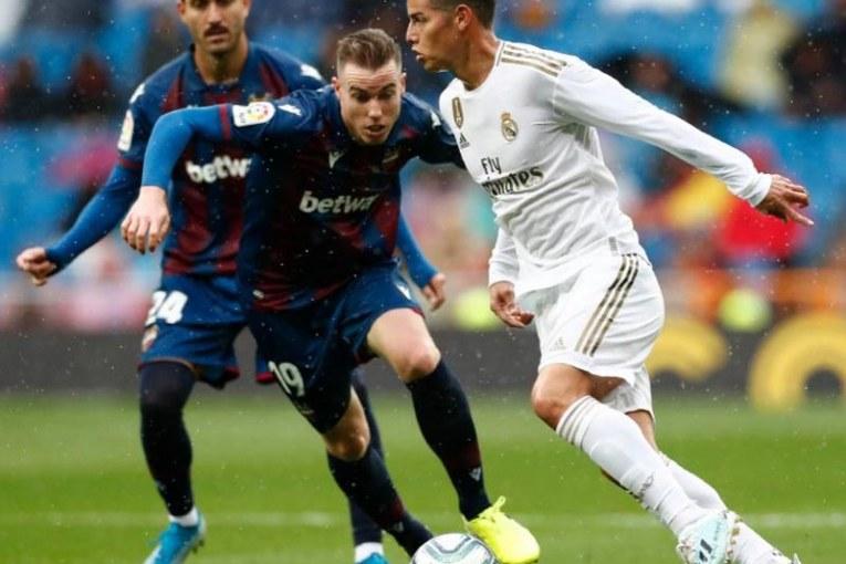 ¿Por qué James entrena con normalidad en la Selección y no así en el Real Madrid?