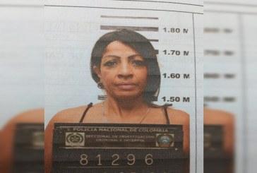 Once años de prisión a mujer que asesinó a su pareja de 19 puñaladas mientras dormía