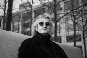Dolor en Colombia: murió el cineasta,  productor y guionista caleño Luis Ospina